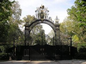 portail fer noir